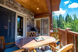 Spacious Updated Luxury Condo at Whitefish Mountain Resort.  Live well at your home base to four-season experience.  Famous powder in winter.  Family adventures in the summer.   Whitefish getaway all year.