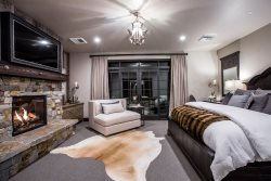 Luxury Suite Downtown Whitefish
