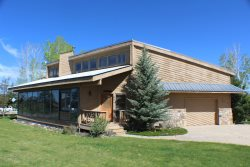 Teal Circle 68 is a cute 3 bedroom home centralized to many activities in the Pagosa Springs.