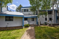 Aspenwood 4113 is a cute and quiet vacation condo, close to the golf course in Pagosa Springs.