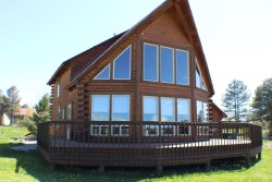 Aunt M`s Kickback Cabin is a 3 bedroom vacation home in Pagosa Springs offering amazing views of the San Juan Mountains.