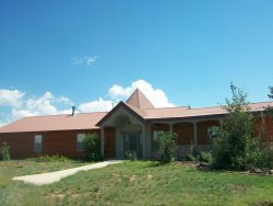 Loma Linda is waiting for you to create your memories in this family friendly vacation home located in Pagosa Springs.