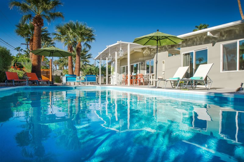 PS Easmor | Relax Palm Springs - Palm Springs Vacation Rentals