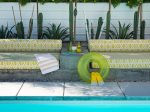 Daybed with Umbrella Stand Table