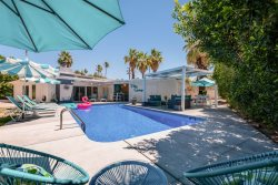 THE IDEAL PALM SPRINGS RETREAT