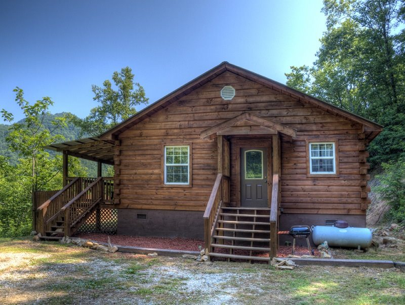 Alarka Hideaway. Log Cabin Rental ...