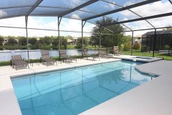 Sleeps up to 12 in this fully equipped home- Calabria in Kissimmee