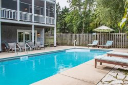 Birds Nest Pool House - 4 BR, pool, assn. beach - New Buffalo