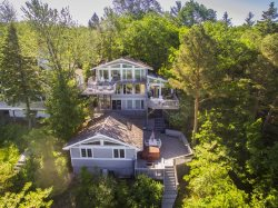 2nd Base on Lake Michigan - 8 BR 6 BA - lakefront house & bunk house located on a wide and sandy association beach
