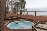 Harbert Horizon - lakefront pool house with hot tub