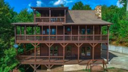 Honey Hollow (formerly Mountain Dream) 3BR, 3 Bath, Hot Tub