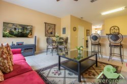 Wishes - Beautiful Windsor Hills Townhome with splashpool, just 1 minute away from the main clubhouse and pool!