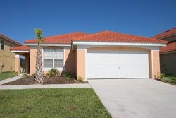Affordable 4 bedroom vacation home with pool in Davenport, just minutes from Walt Disney World.