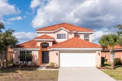 This comfy 5 bedroom family vacation pool home in Aviana Resort Orlando is just 10 miles to Walt Disney World.