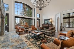 Perfectly Located Montana Luxury Ski-in Ski-out Townhouse on Big Mountain