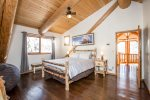 Lovely rustic Queen size bed