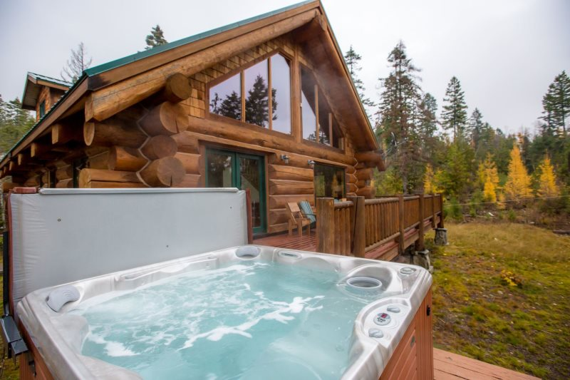 Brilliant Whitefish Montana Log Cabin Vacation Rental House Home Remodeling Inspirations Genioncuboardxyz