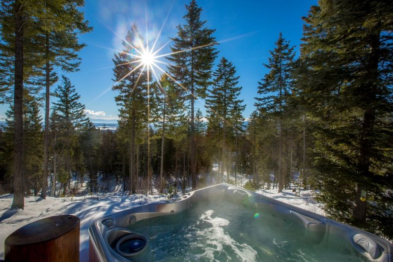Whitefish Montana Log Cabin Vacation Rental House