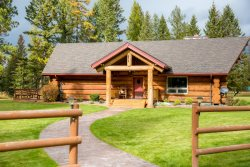 Stillwater Log Home - Stunning 4,000 Sq Ft Montana Log Cabin Rental!