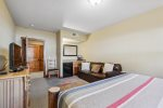 Comfy Queen size bed with stunning mountain views