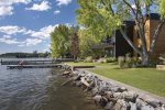 Rooftop deck to enjoy the amazing view of Flathead Lake