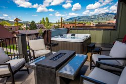 Amazing 2 Bedroom Penthouse in the heart of Downtown Whitefish