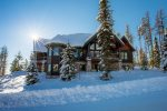 The Beautiful Ridge Top Chalet Overlooking the valley and ski slopes