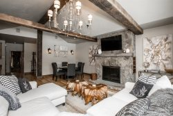 Luxury 4 Bedroom Ski-in & Ski-out Rental Property