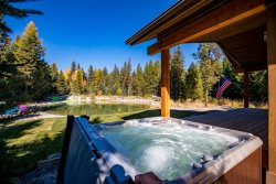 'The Retreat at the Pines'  A Brand New 2018 Rental Cabin in Whitefish Sleeps 10!
