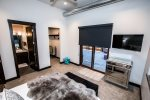 Flat screen TV, huge walk-in closet and ensuite in the master bedroom
