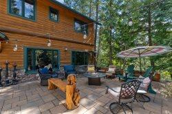 Brand New Listing! Stunning Ptarmigan home! 4BD 3.5 BA Sleeps 9! Communal Pool, Hot Tub and more!