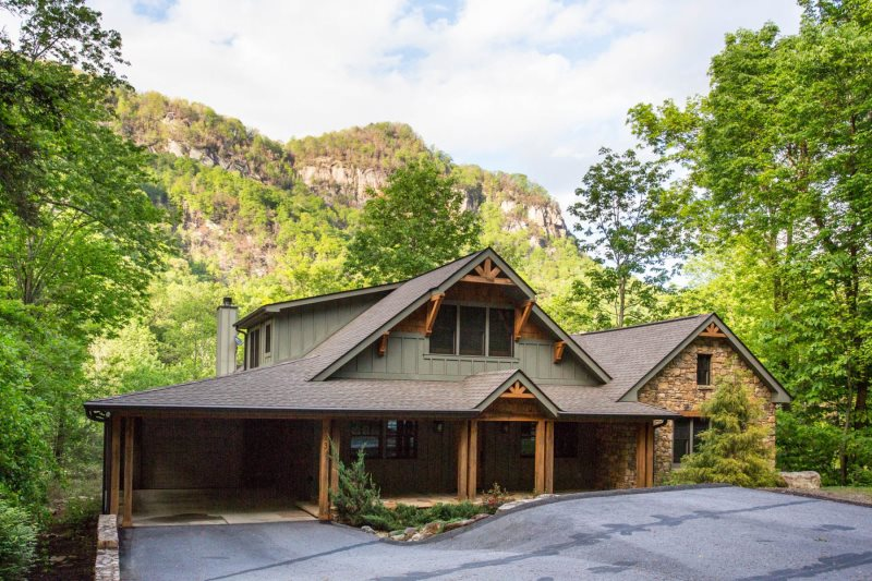 Mohican S Landing By Carolina Properties Chimney Rock Nc