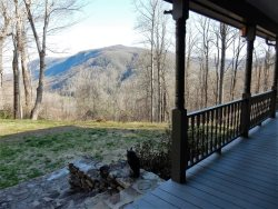 MOUNTAIN BLESSINGS | FABULOUS MOUNTAIN VIEWS | PET FRIENDLY | INTERNET | VERY PRIVATE | KING BED | WOOD BURNING FIREPLACE