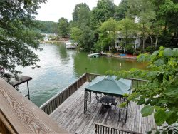 LAKE LURE LAKEFRONT | 2 BED | 2 BATH | PRIVATE | ROMANTIC | FANTASTIC BOAT HOUSE AND DECK