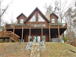 WI-FI | MOUNTAIN VIEWS | ROMANTIC | FIREPLACE | WOOD FLOORS | RIVERBEND AMENITIES | FIRE PIT