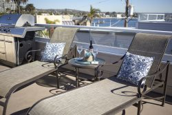 Bayside Home with Rooftop Deck. Sunrise & Sunset Views.
