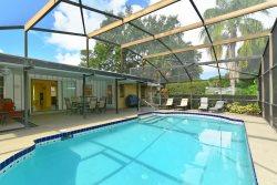 Casa Concord a Private Sanctuary Home 3BD/2B W/Salt-water Pool 2.5 Miles to Siesta Key