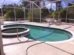 225 John Ringling Blvd - 4 Bed / 3 Bath - St. Armand's Circle - Lido Key - Excellent Location !
