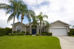 Beautiful holiday home with oversized pool!  A perfect place for your family in the Orlando area!
