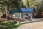 Cozy cabin tucked away in an easliy accessed yet secluded location.  Plenty of room for all your outdoor activities