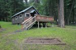 Great little 1 bedroom cabin. That offers you plenty of space outside.