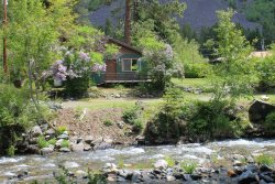 Cabin with spectacular view of the Wallowa river