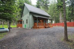 Newer Two bedroom cabin