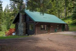 Easily accessible cabin with a lot of privacy