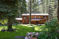 Wallowa Lake Eagle Lodge