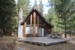A fantastic cabin nestled in the woods and right on the river.