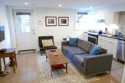 Historic Shaw/LeDroit Park Gem ~ 1 Bedroom on U St!