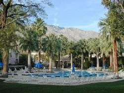 Downtown Palm Springs Second Floor Condo With Mountain View