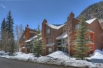 Winter snow view of building at Durango Colorado vacation rental home at Silverpick Condominiums