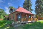 Durango Hesperus Colorado vacation rental Cranberry Cottage Riverside Cabin front of home